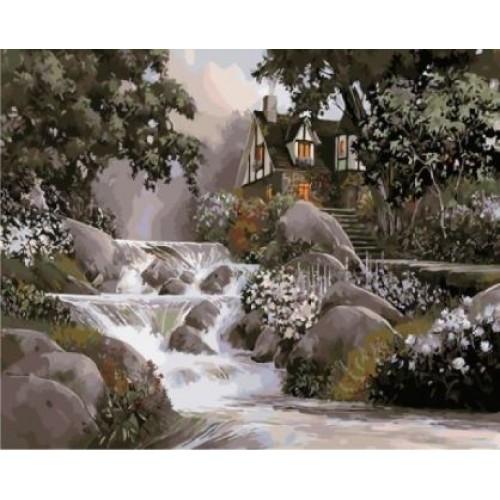 Хижа край водопада
